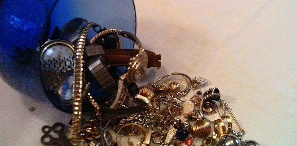 Jewelry Store Mesa - B & B Pawn and Gold